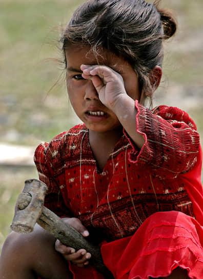 В опасных отраслях промышленности задействовано около трети всех работающих детей