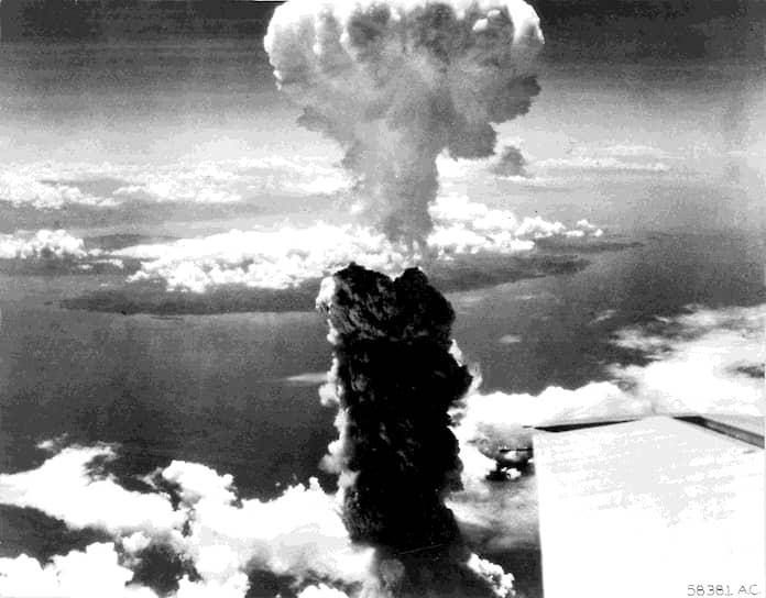 Мощность атомной бомбы Little Boy, сброшенной на Хиросиму, эквивалентна 20 тыс. тонн тротила. Взрыв произошел через 45 секунд после сброса