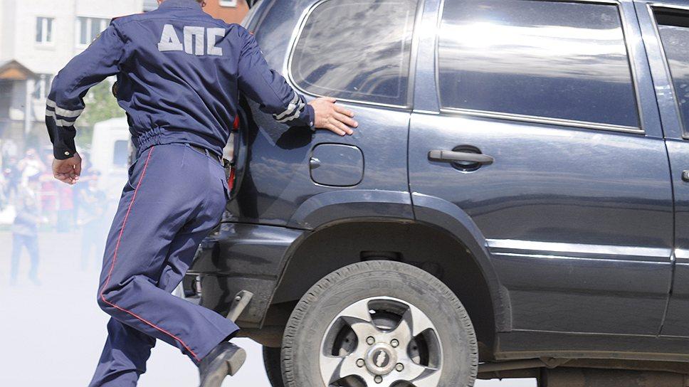 Как полиция выходит на тропу угона