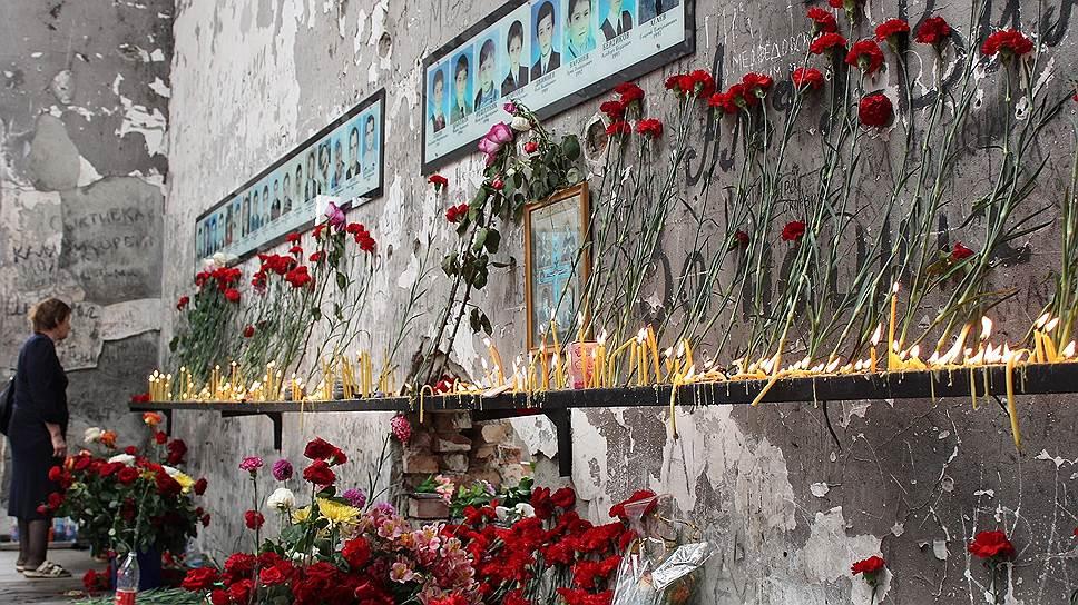 3 сентября в Беслане прошли траурные мероприятия в память о захвате заложников в школе №1