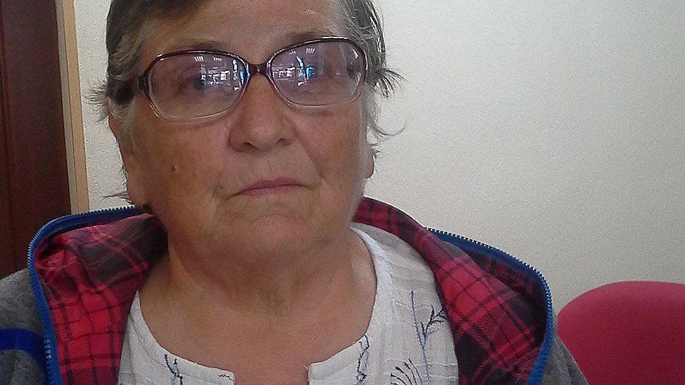 Антонина Чанчикова три недели назад покинула свою квартиру, так как из нее стало невозможно добираться на работу