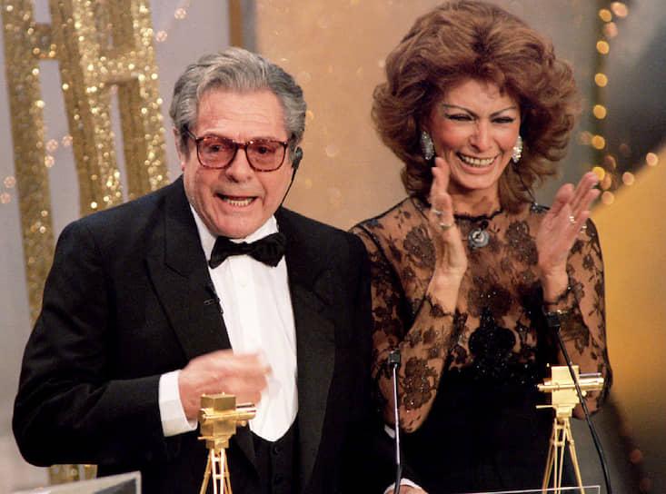 «Думаю, редко в истории всего мирового кино между актерами была такая гармония, как между Марчелло и мной», — говорила Софи Лорен о своем партнере Марчелло Мастроянни