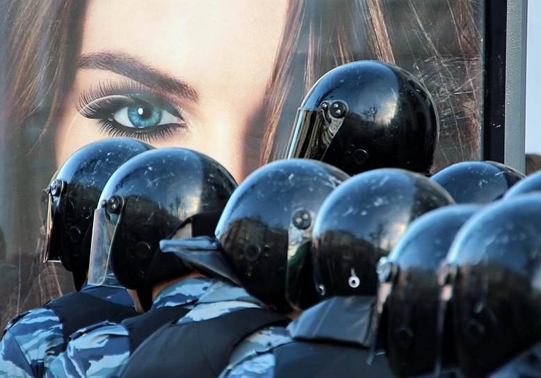 В 2011 году после переименования милиции в полицию глава ГУВД Москвы Владимир Колокольцев сообщил, что вопрос о переименовании ОМОНа «прорабатывается»
