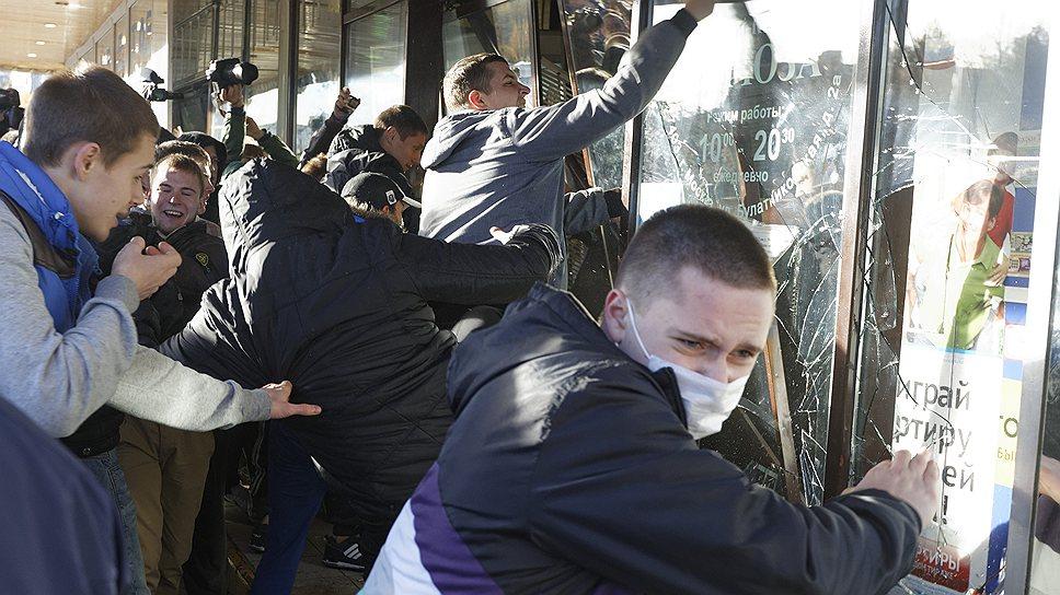 Ка беспорядки в Бирюлево дошли до президента и парламента