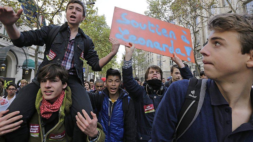 Сама Леонарда очень надеется на возвращение: «Вся моя жизнь во Франции. Я не говорю по-албански. Я не хочу ходить в школу здесь. Если есть Бог, то мы первым самолетом вернемся во Францию»