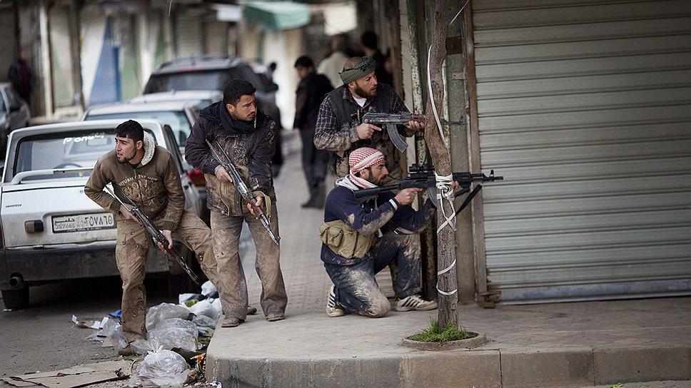 1 марта 2012 года оппозиционный Сирийский национальный совет (СНС) объявил о создании военного комитета по делам сопротивления