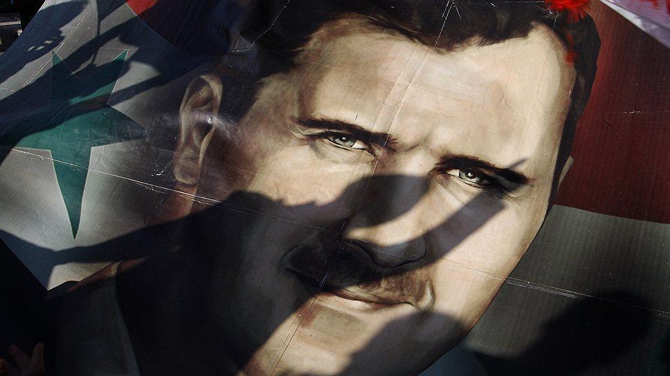 18 августа 2011 года США и страны Европы призвали Башара Асада уйти в отставку. США также расширили санкции против Сирии