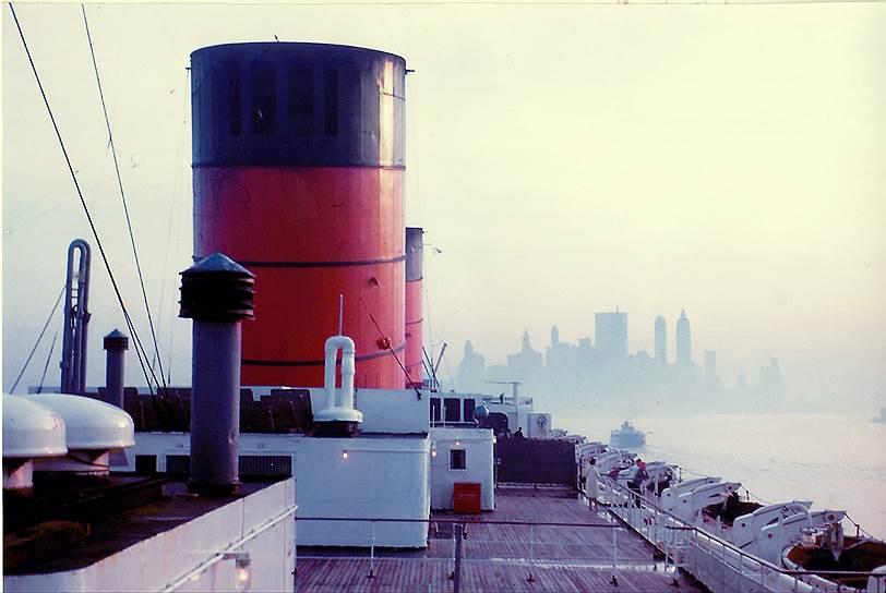 1968 год. Лайнер «Королева Елизавета» завершает последнее трансатлантическое путешествие