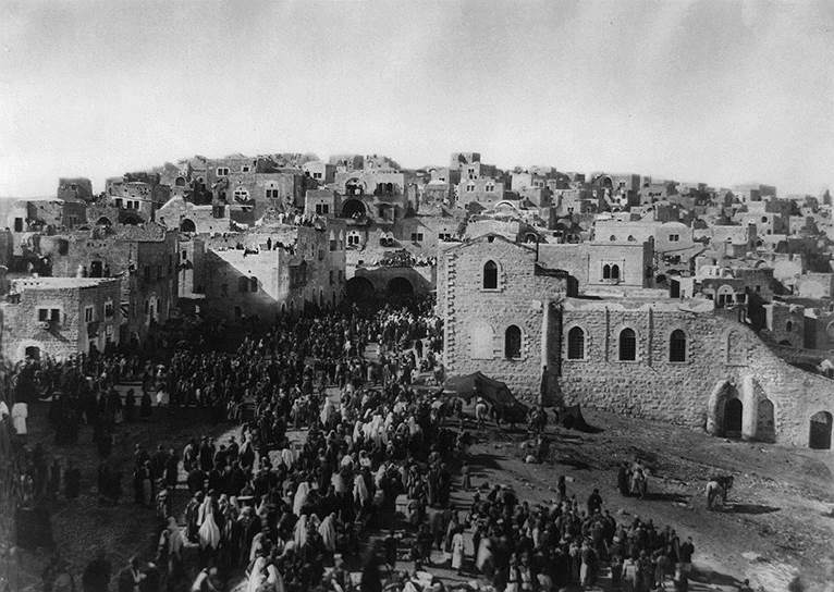 С середины 19 века начало возрастать стратегическое и экономическое значение Палестины, особенно в связи с открытием Суэцкого канала. В связи с этим обострилось соперничество европейских держав за установление влияния в регионе