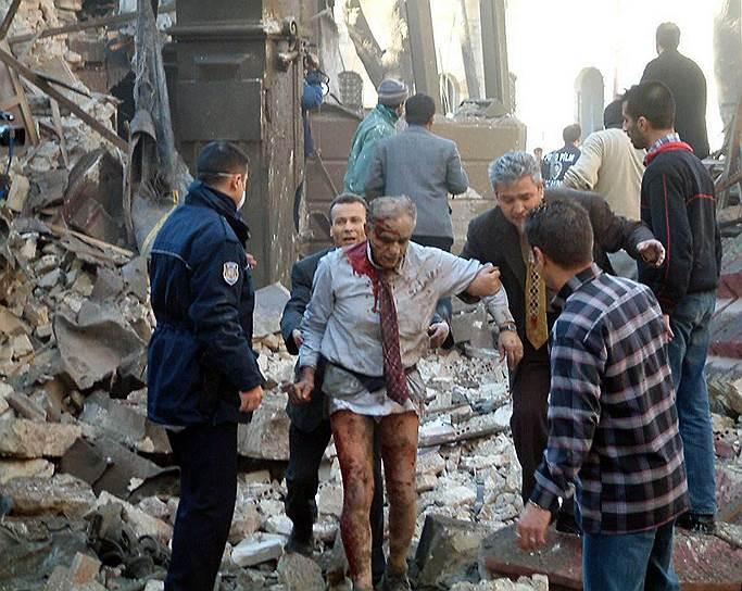 2003 год. В центре Стамбула (Турция) прогремели взрывы около двух синагог. В результате террористической атаки погибли 28 человек и более 300 были ранены