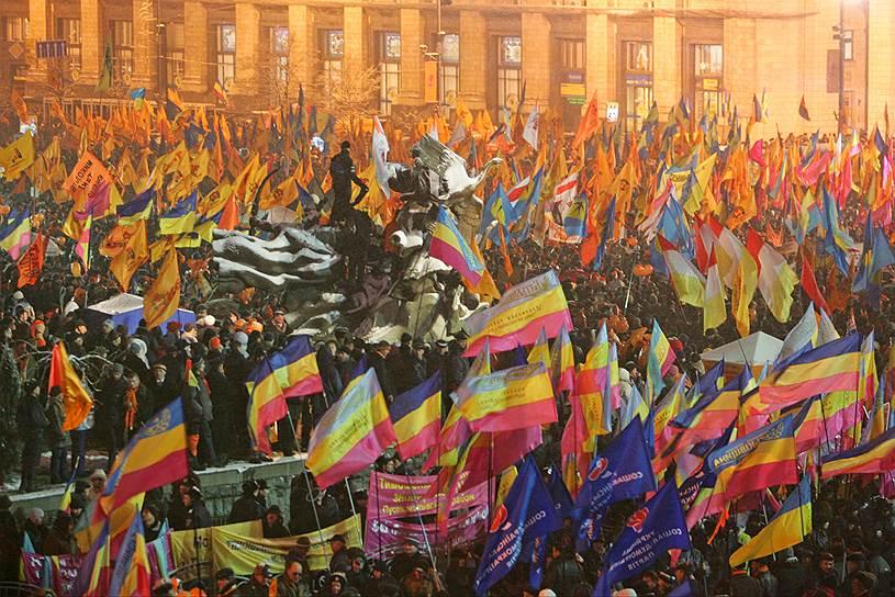В середине 2000-х годов после волны «цветных революций» в постсоветских странах, прежде всего в Грузии и Украине, российско-американские отношения снова стали ухудшаться