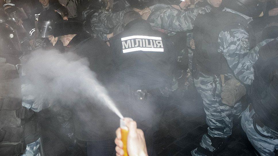 Как Украину захлестнули «евромайданы»