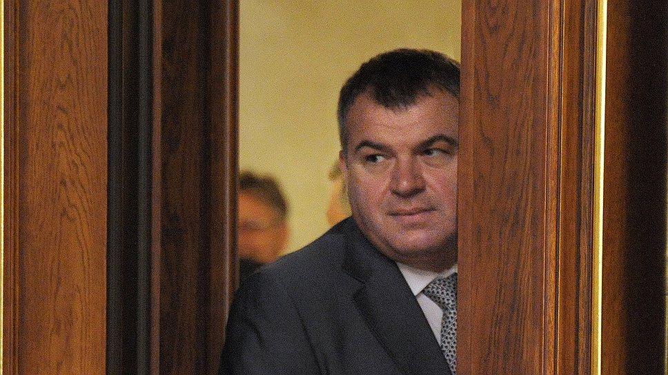 Как Анатолия Сердюкова обвинили в халатности
