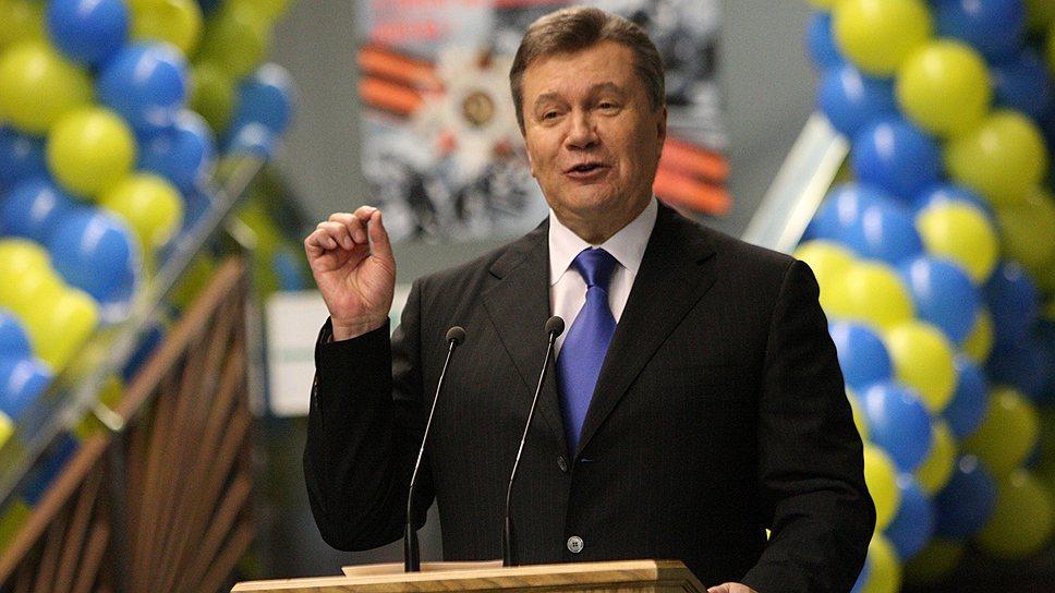 Как Виктора Януковича приняли в Китае