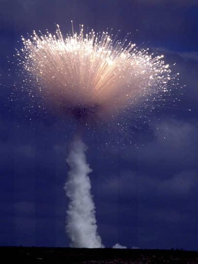Ракета «Дельта II», несущая спутник глобального позиционирования, взорвалась 17 января 1991 года после взлета с мыса Канаверал. Обломки разлетелись на несколько миль вокруг. Причины взрыва американские военные не называли. Ущерб оценивался в $55 млн