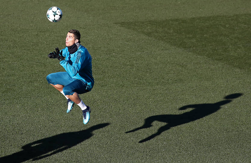 В составе «Реала» Криштиану Роналду провел 438 матчей, став лучшим бомбардиром в истории мадридцев с 450 голами. Вместе с клубом он выиграл четыре Лиги чемпионов, два чемпионата Испании, три клубных чемпионата мира, два Кубка и Суперкубка Испании, два Суперкубка УЕФА
