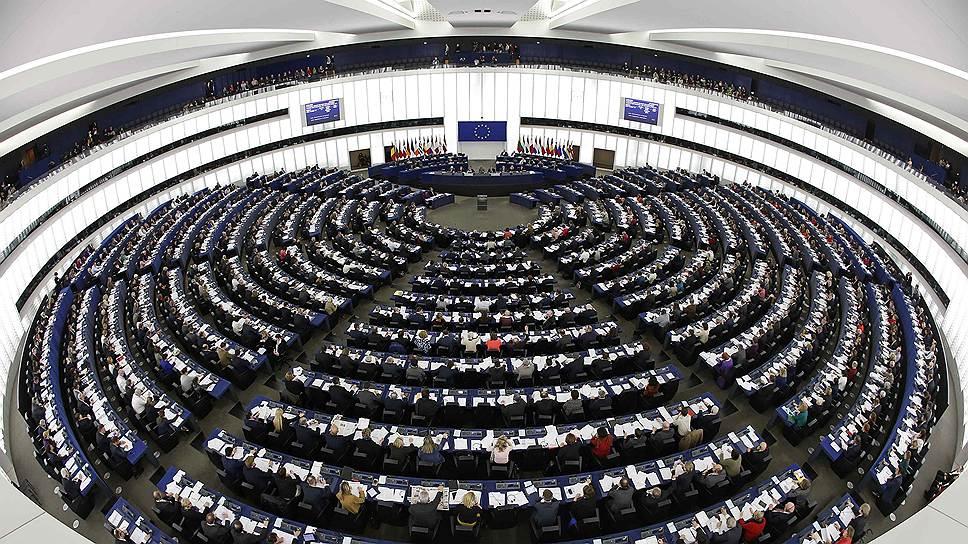 Как Европарламент рассматривал резолюции, касающиеся РФ