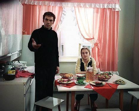 1980 год. Премьера фильма Владимира Меньшова «Москва слезам не верит». В 1981 году фильм был удостоен премии «Оскар» как лучший фильм на иностранном языке