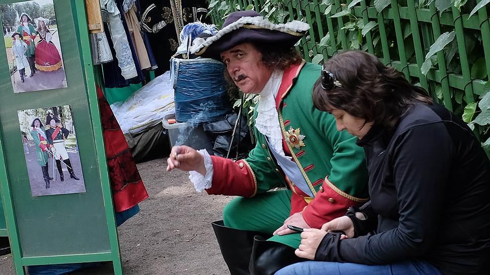 1697 год. Разрешение императором Петром I продажи табака в Российской империи