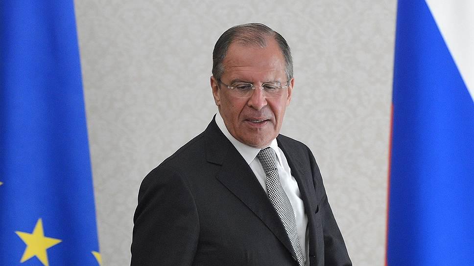 """Сергей Лавров: """"Нельзя не видеть, что в действиях антиправительственных сил на Украине все активнее проявляются националистические, экстремистские настроения"""""""