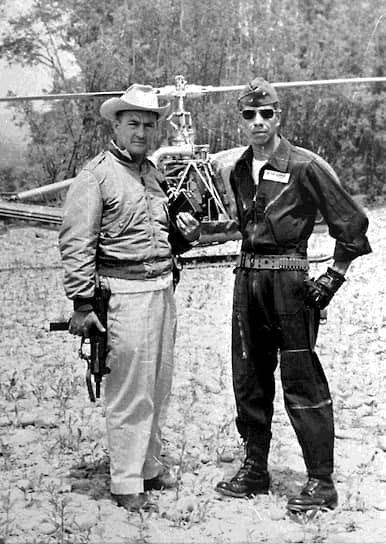Президент Боливии Рене Барьентос Ортуньо (слева) погиб 27 апреля 1969 года в результате крушения вертолета. Существует версия, что вертолет президента был сбит, однако специальная комиссия пришла к выводу, что катастрофа была следствием несчастного случая