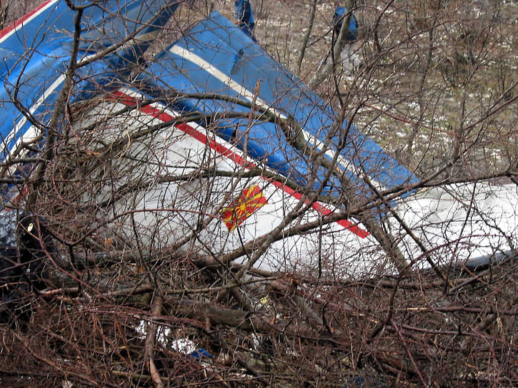 26 февраля  2004 года его самолет разбился, упав на склоны горы Хргуд <br>На фото: место крушения самолета президента Македонии Бориса Трайковского