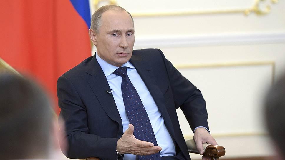 Владимир Путин: пока необходимости вводить войска на Украину нет