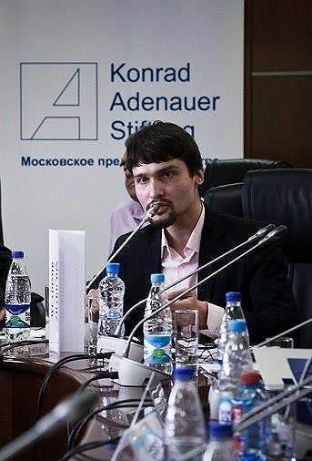 Член Евразийского союза молодежи Павел Канищев