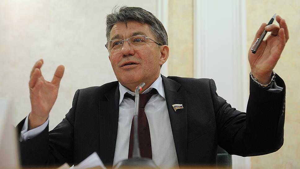 Член Совета федерации Виктор Озеров