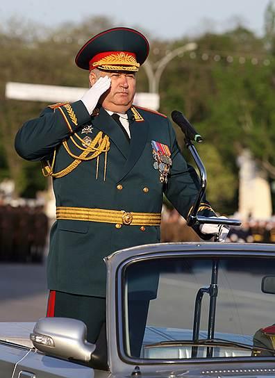 Бывший командующий войсками Северо-Кавказского и Южного военных округов Александр Галкин (ныне — помощник министра обороны РФ)