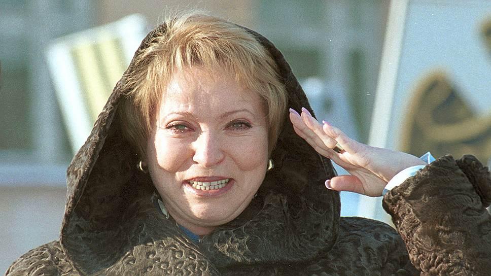 10 марта 2000 года Валентина Матвиенко публично заявила о своем намерении участвовать в выборах губернатора Санкт-Петербурга, однако впоследствии отказалась от этого решения