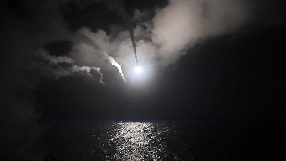 2017 год. США нанесли ракетный удар по Сирии. С двух кораблей ВМС США в Средиземном море — эсминцев Porter и Ross — были выпущены 59 крылатых ракет «Томагавк» по сирийскому аэродрому Шайрат в провинции Хомс