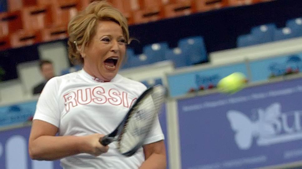 Экс-губернатор города Валентина Матвиенко является поклонницей тенниса, много лет возглавляла федерацию тенниса Санкт-Петербурга. В 2010 году она торжественно открыла в Красногвардейском районе спорткомплекс с 11 теннисными кортами, которые решила испытать лично