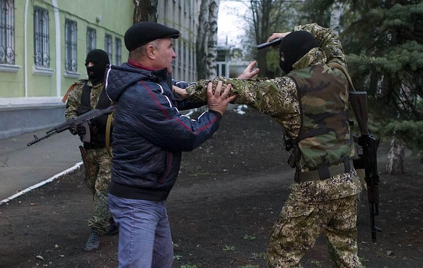 МИД России выносит вопрос о кризисе на Украине на рассмотрение СБ ООН и ОБСЕ <br>На фото ситуация в Краматорске