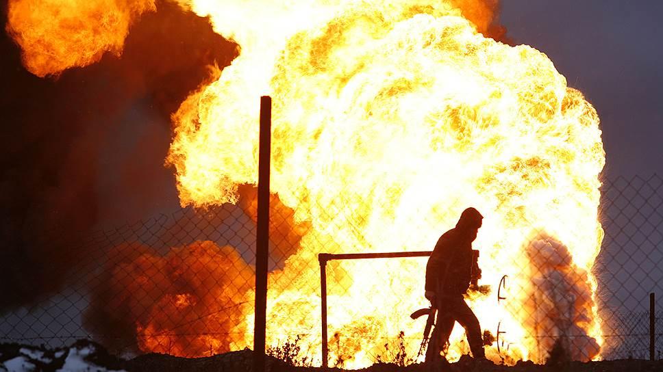 Несколько месяцев шли ожесточенные бои, и наконец 6 февраля 2000 года и. о. президента Владимир Путин заявил, что Грозный освобожден от сепаратистов. 29 февраля первый замкомандующего ОГВ Геннадий Трошев объявил об окончании полномасштабной войсковой операции
