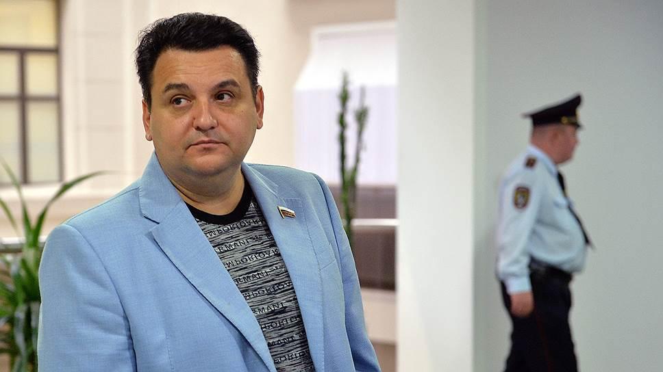 Как было завершено расследование одного из эпизодов уголовного дела Олега Михеева
