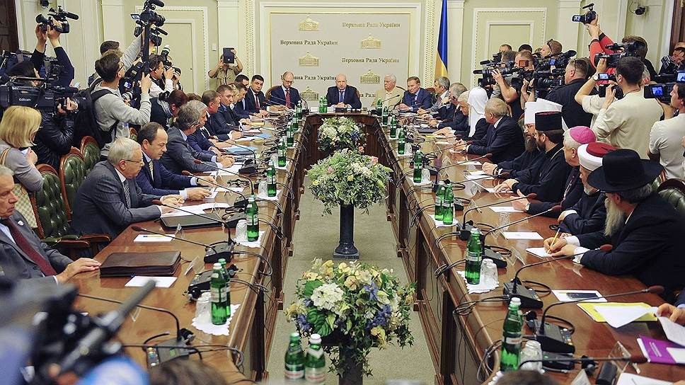 Как Донбассу предложили «федерализацию без права выхода»
