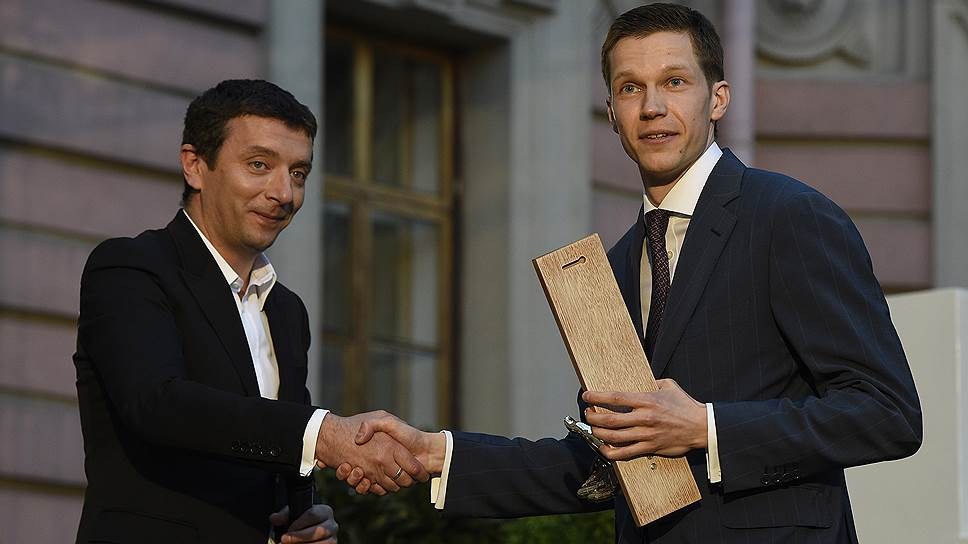 Продюсер, режиссер-постановщик и арт-директор нескольких российских кинофестивалей Алексей Агранович (слева)
