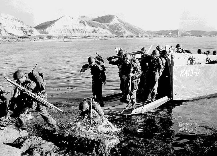 Состав корпуса и количество самолетов не были постоянными. Смена частей и соединений происходила, как правило, после 8-14 месяцев их пребывания в зоне военных действий. Всего в составе корпуса побывали 12 истребительных авиадивизий (одной из них командовал трижды Герой Советского Союза полковник Иван Кожедуб). Общая численность личного состава корпуса составляла 26 тыс. человек. На вооружении первоначально имелись истребители МиГ-15, Як-11 и Ла-9, в дальнейшем их сменили МиГ-15бис
