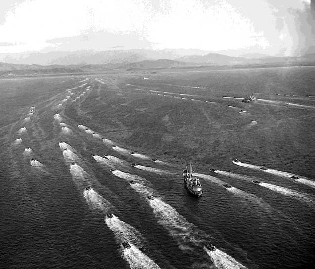 К концу 1952 года напряженность в отношениях СССР и США несколько спала, войска были отведены от границ