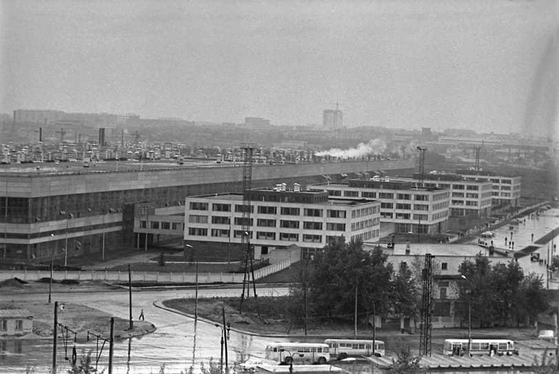 Производственные корпуса завода, 1974 год