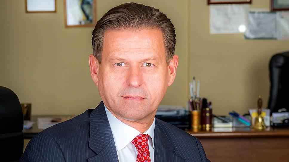 Генеральный директор Компании объединенных кредитных карточек Владимир Комлев