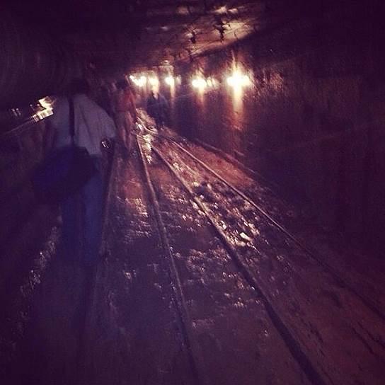 Предварительный осмотр путей на перегоне метро показал, что они находятся в удовлетворительном состоянии