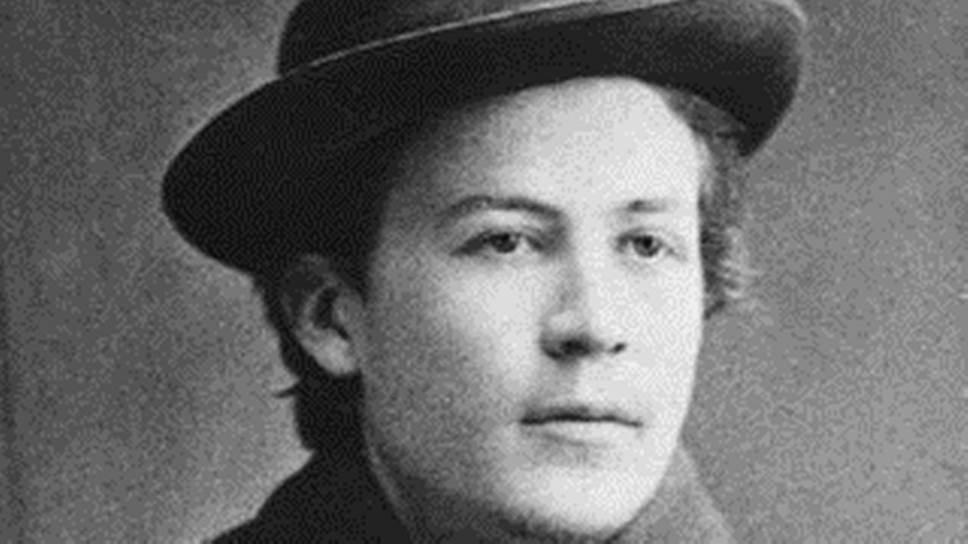 29 января 1860 года родился русский писатель и по совместительству врач Антон Павлович Чехов. Его произведения переведены более чем на 100 языков, а пьесы уже больше века ставятся во многих театрах мира