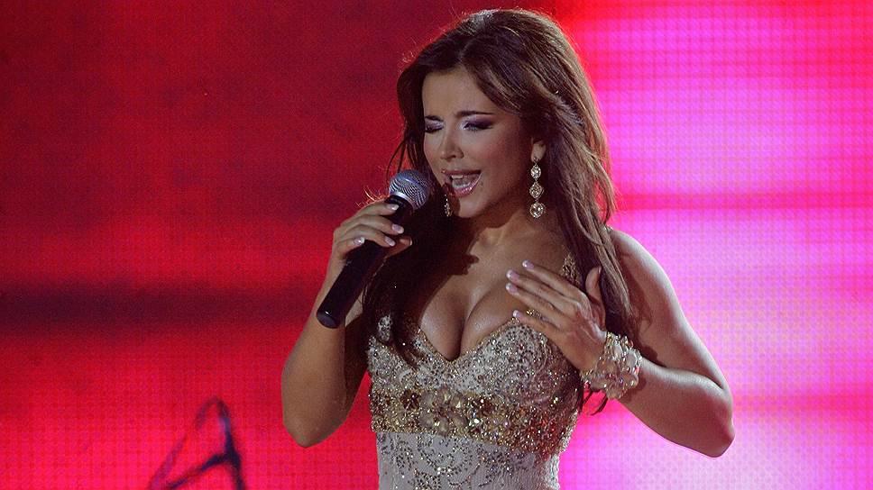 Украинская певица Анна Лорак
