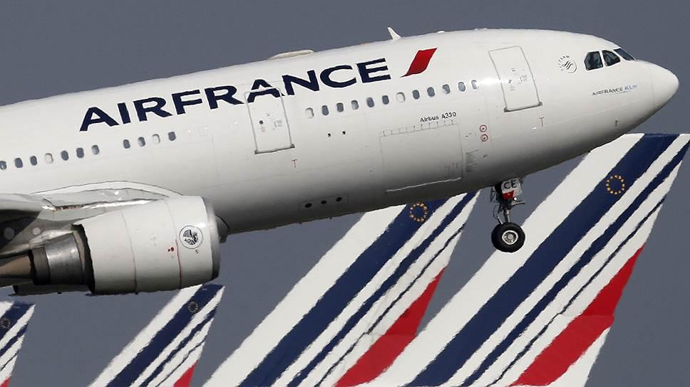 Почему Air France отменила половину рейсов