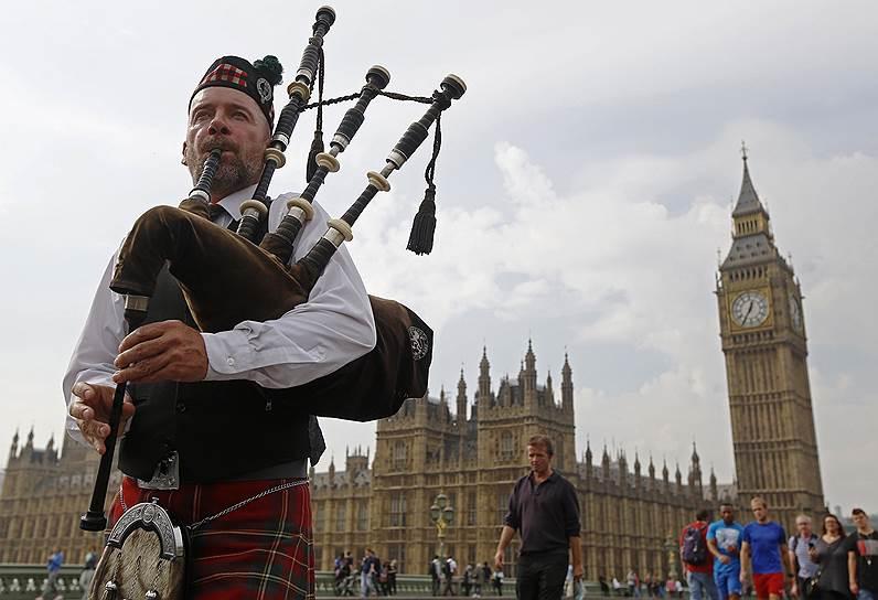 Еще несколько месяцев назад 65% шотландцев были против расторжения унии, включая даже и 20% сторонников Шотландской национальной партии, которая продвигает независимость Шотландии