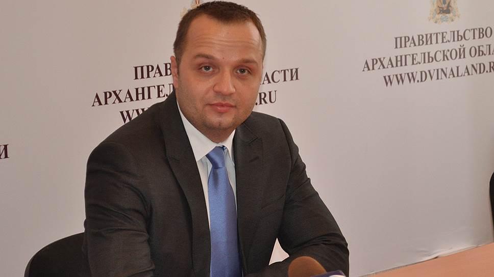 Как сенатор заступился за российских школьников