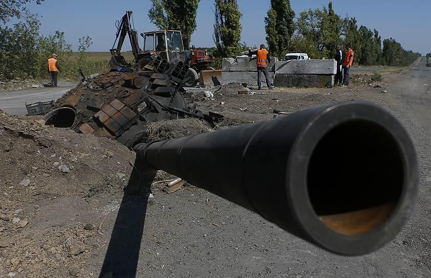 2 сентября 2014 года. По данным СМИ Донецкой республики, основные силы украинских военных были выведены из Донецка и области