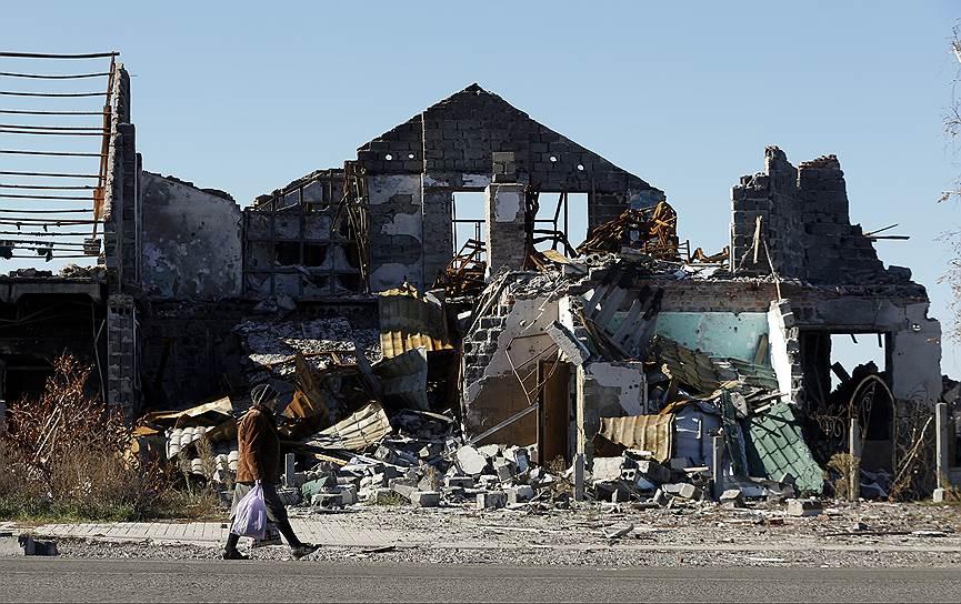 11 октября 2014 года. Премьер-министр самопровозглашенной Донецкой народной республики Александр Захарченко объявил о введении «режима тишины» между ДНР и Украиной. В случае выполнения соглашения стороны обещали начать отвод войск через пять дней